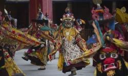 Mãn nhãn 2 điệu múa truyền thống của người Tây Tạng ở Trung Quốc